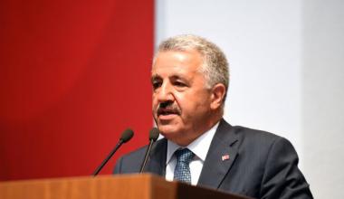 Ahmet Arslan flaş İstanbul çıkışı