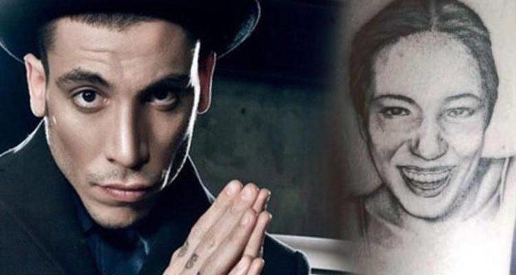 Ünlü şarkıcıya ölen annesinin hesabından mesaj geldi