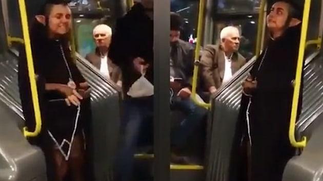 Metrobüs'te herkesi şaşkına çeviren yolcu