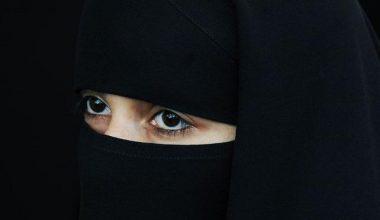 Suudi Arabistan'da çarşaf zorunluluğunu kalkıyor