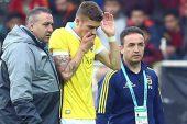 Yeni Malatyaspor maçında sakatlanan Roman Neustadter, hastaneye kaldırıldı