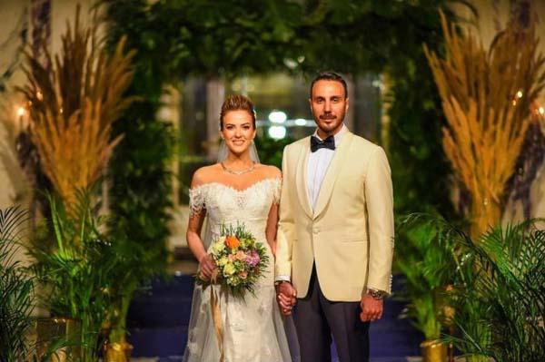 Simge Fıstıkoğlu nişanlısı Emre Tavukçuoğlu ile evlendi