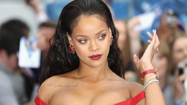 Rihanna'yı anlattı: Nefes kesici güzelliği vardı!