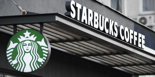 Ünlü kahve zincirinde skandal! Özür dilediler…