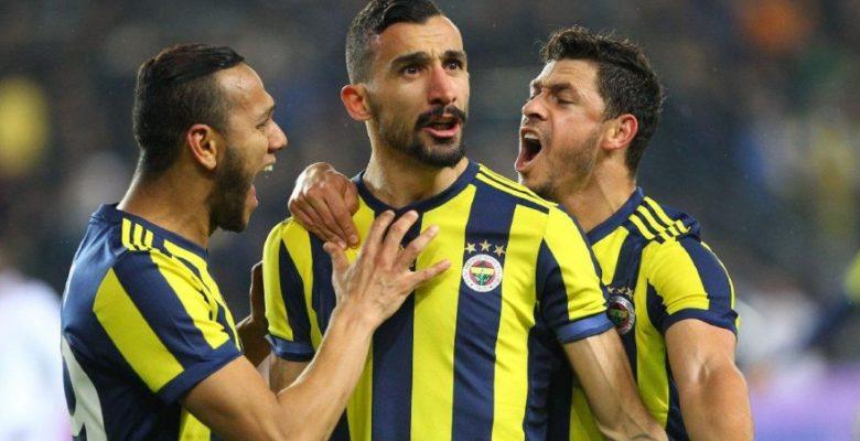 Fenerbahçe'nin Milli futbolcusu Mehmet Topal fena patladı! 'Yasal haklarımı kullanacağım'