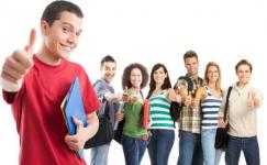 İngilizce Öğrenme Ve Konuşmaya Öncülük Eden Öğretim Metodu