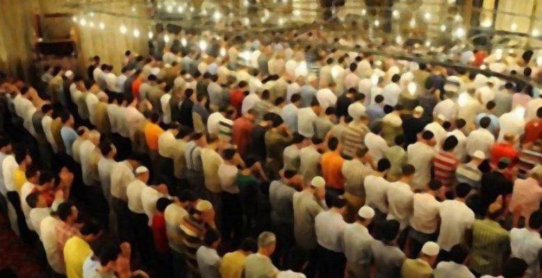 İstanbul'da sabah namazının saati değiştirildi
