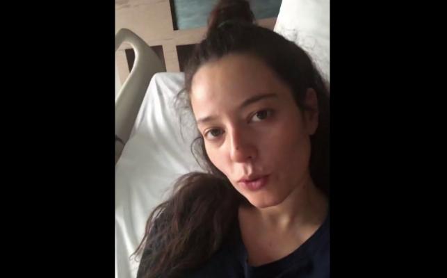 Pelin Akil hastane odasından paylaştı