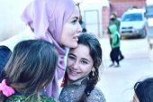 Tesettüre giren Gamze Özçelik, İdlib'e gitti!