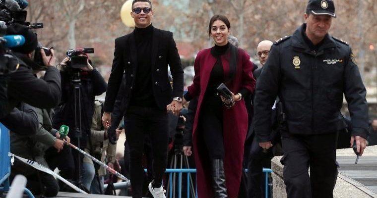 Ronaldo suçlamaları kabul etti
