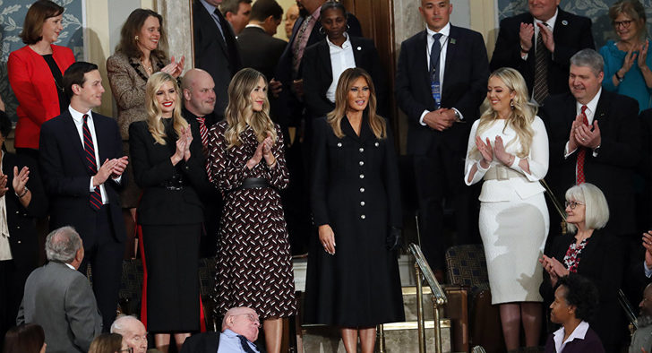 Melenia Trump'ın kıyafeti alay konusu oldu