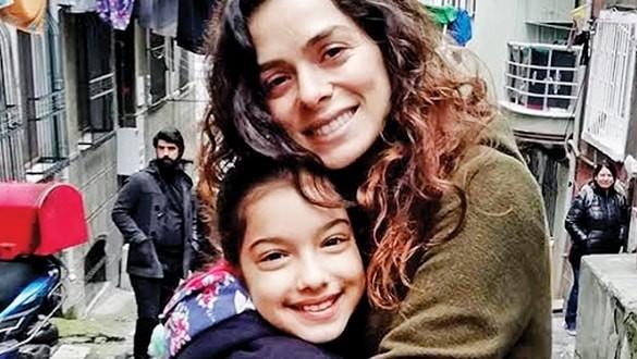 'Kadın' dizisinin çocuk oyuncusu Kübra Süzgün dava açtı!